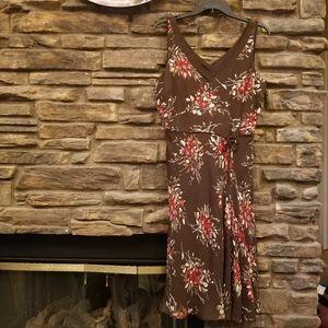 ANN TAYLOR LOFT FLORAL SILK DRESS SZ 10